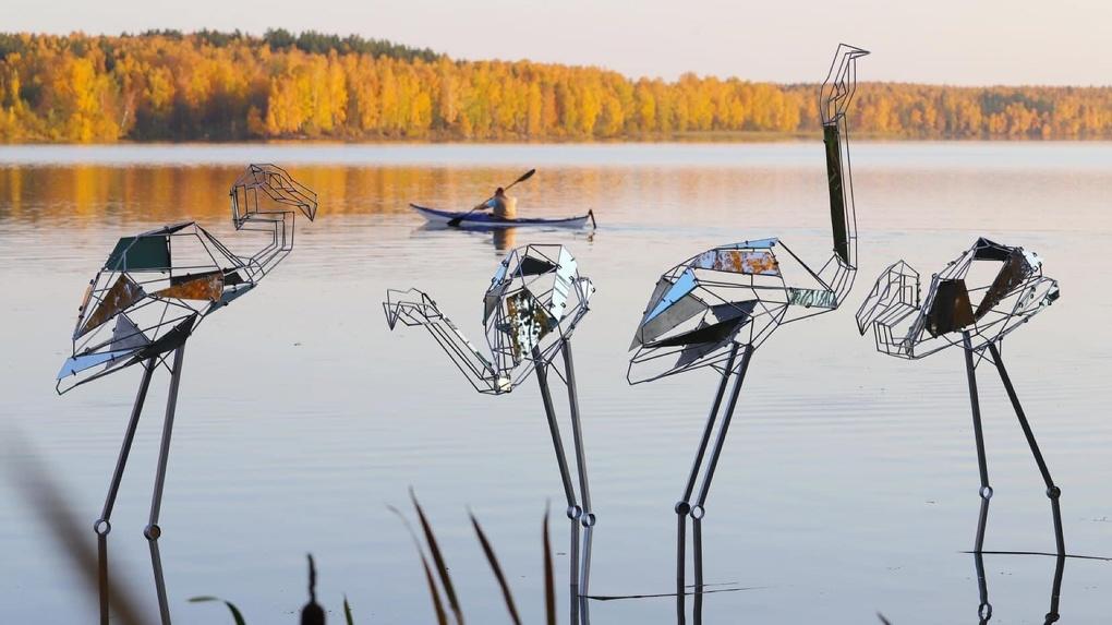 На озере под Екатеринбургом пройдет фестиваль скульптур из природных материалов. Фото работ