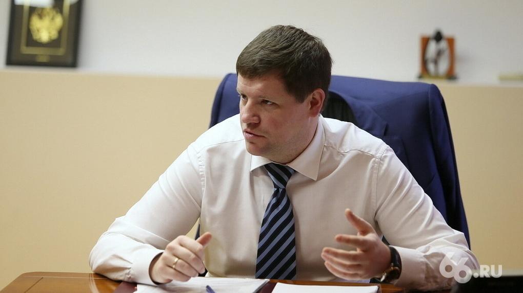 Вице-губернатор пообещал помочь цыганам, чьи дома планируют сносить