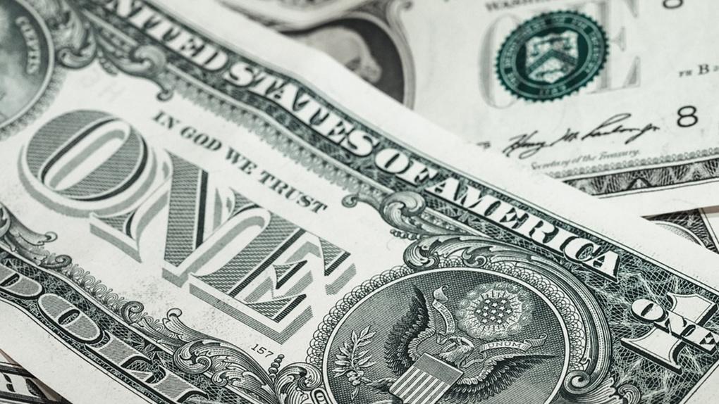 Спрос на валютообменные операции на Урале вырос вдвое