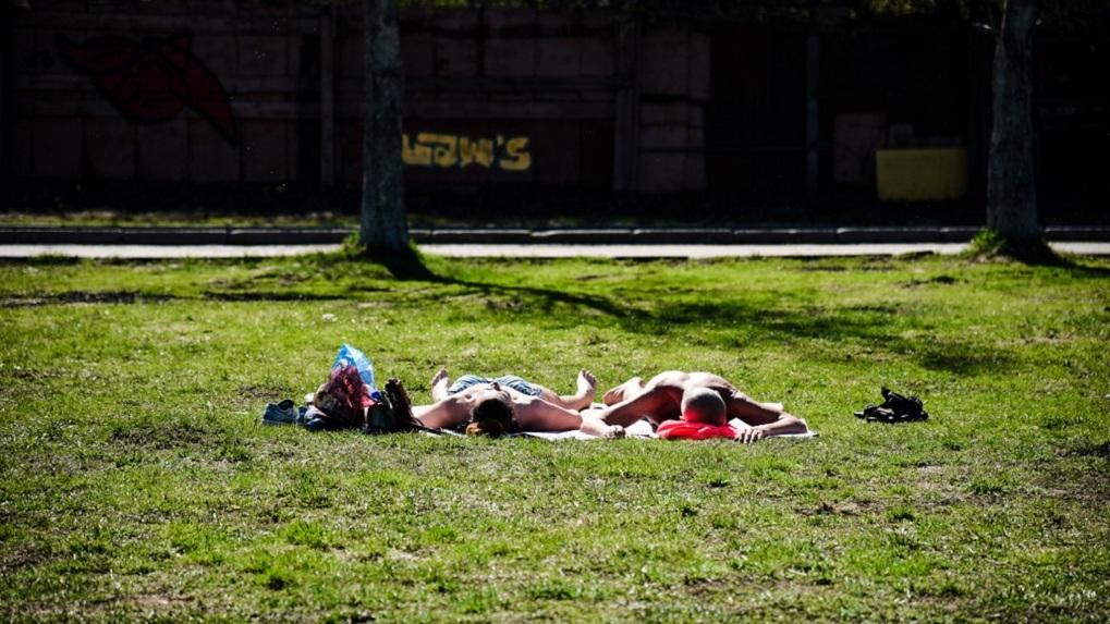 В Екатеринбург пришло тепло, но в середине недели погода резко изменится