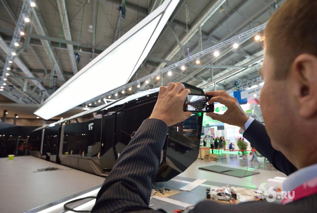 Выпуск первого трамвая R1 обойдется УВЗ в 353 млн рублей