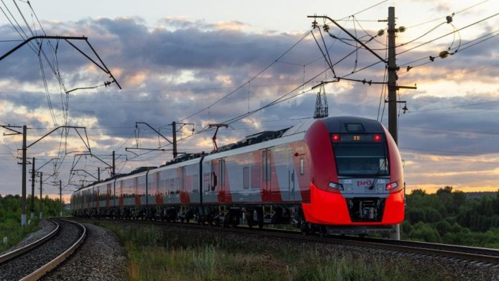 «Уральские локомотивы» выпустили двухсотый электропоезд «Ласточка»