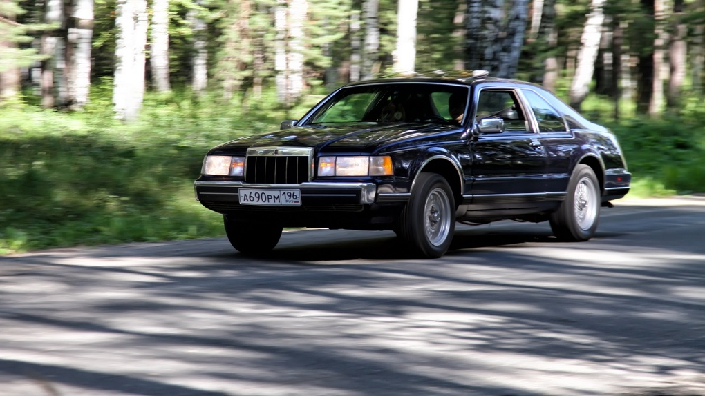 Америка без визы: ретротест Lincoln Continental Mark VII