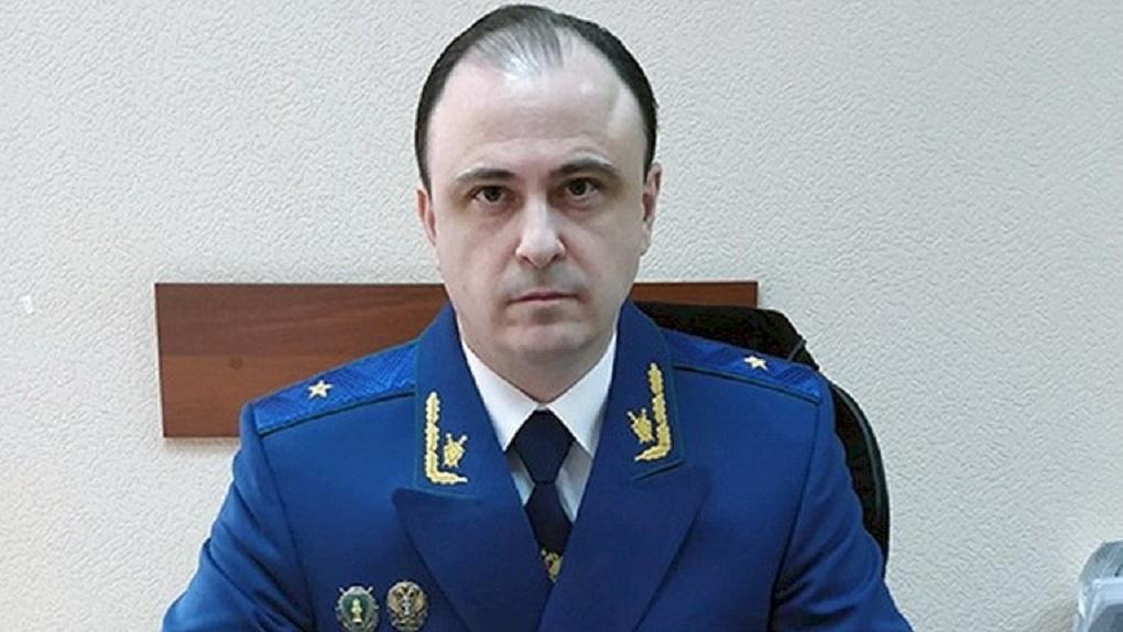 В Совфеде утвердили нового прокурора Свердловской области. Досье