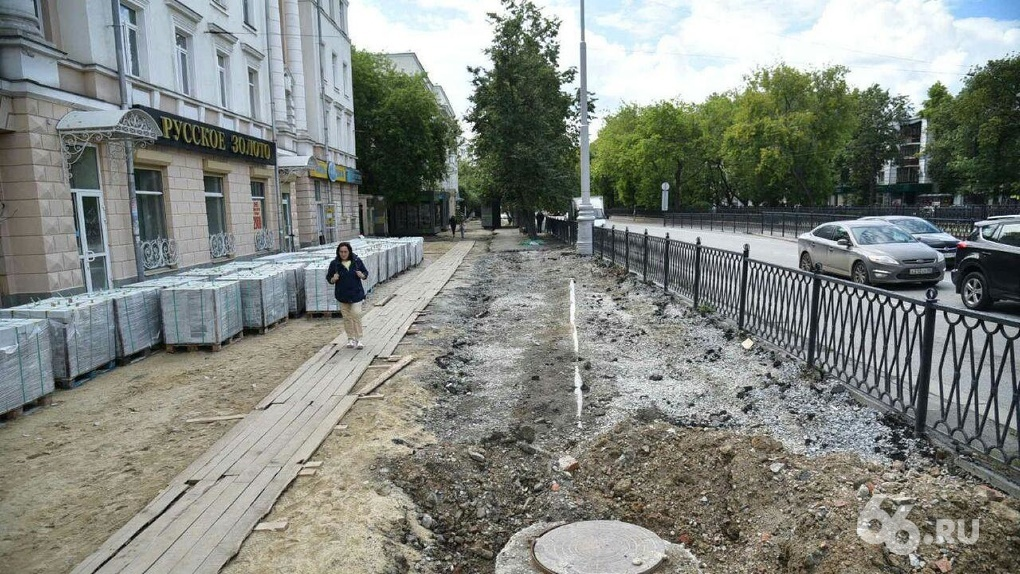 Александр Высокинский пообещал за год закатать все тротуары в центре в гранит