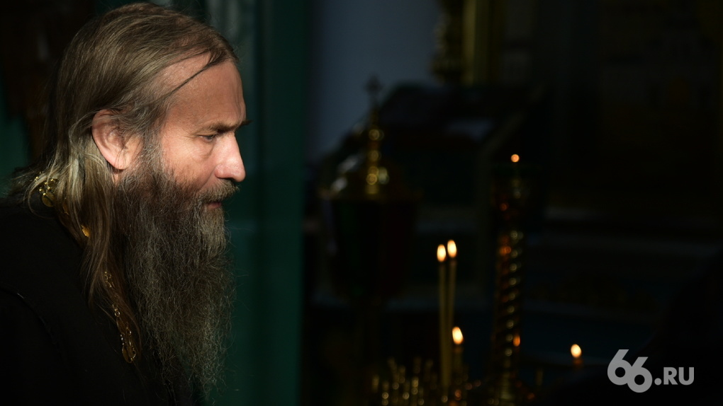 Епархия изгоняет настоятеля из храма Ксении Петербургской на Эльмаше. Он оказался адептом отца Сергия