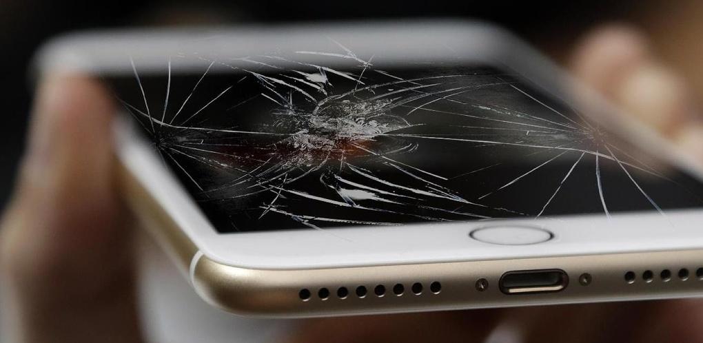 Что не так с седьмым «Айфоном»: мастера по ремонту — о родовых травмах самого известного смартфона в мире