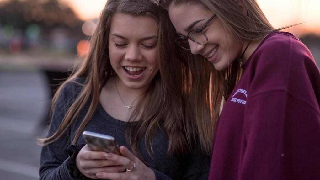 Мобильный интернет изнутри: три истории использования смартфона глазами Мегабайта