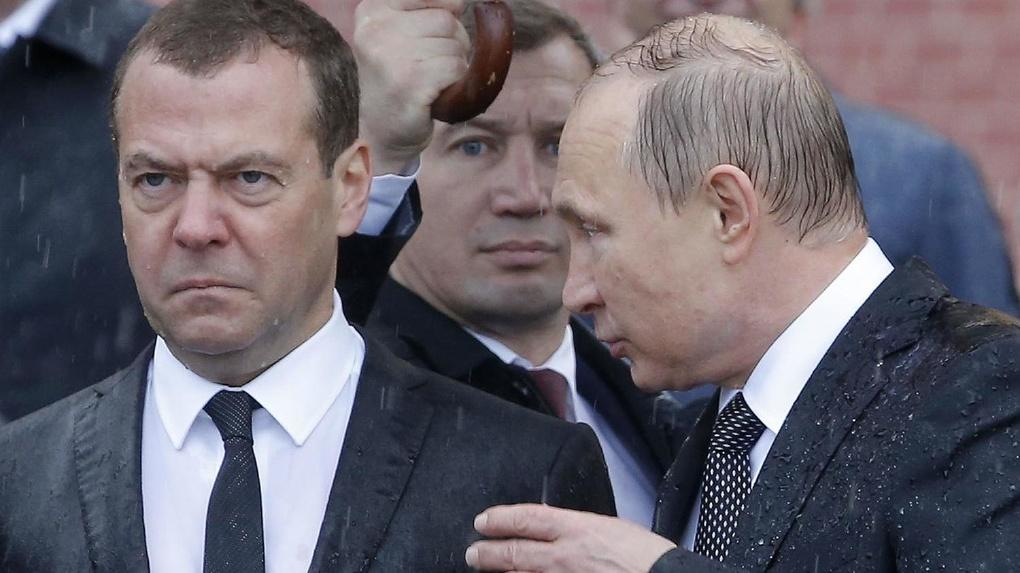 Владимир Путин зачищает власть от людей Дмитрия Медведева. Куда уходят бывшие министры