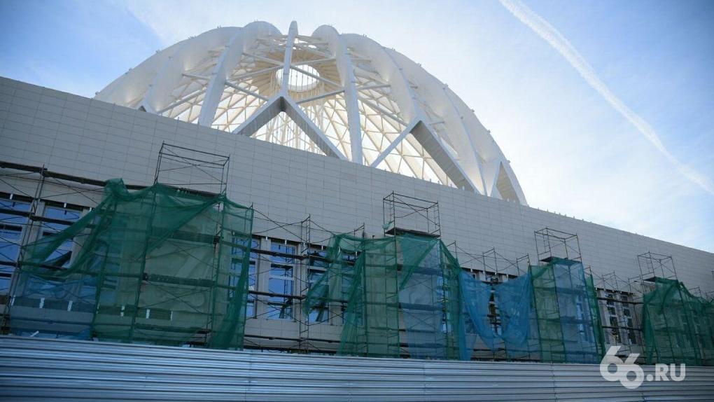 Ремонт превращает екатеринбургский цирк в торговый центр. Фоторепортаж