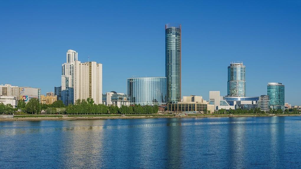 УГМК разрешили проектировать новую очередь «Екатеринбург-Сити». Там построят пять небоскребов