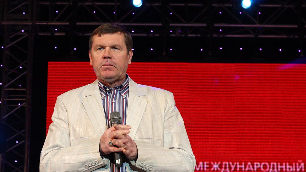 Бард-девелопер Александр Новиков завел себе Facebook. И уже отжигает там!