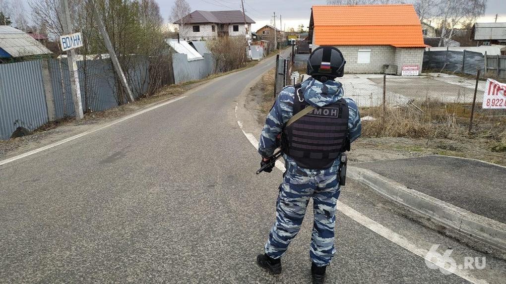 Силовики уничтожили банду террористов в садовом домике под Екатеринбургом. Коротко самое главное