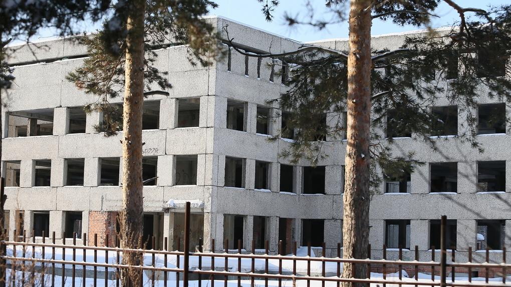 Уральские застройщики назвали условия, при которых выживут в период коронавируса. Список