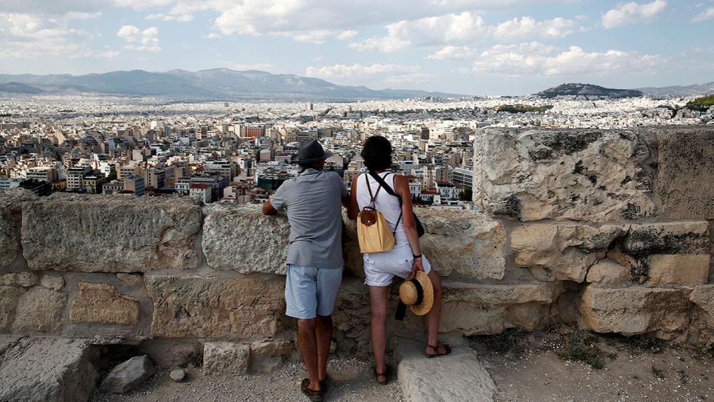 Греция изменила правила въезда для российских туристов