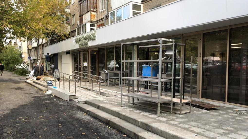 Учредители благотворительного фонда «Общество Малышева 73» открывают бесплатную столовую для всех