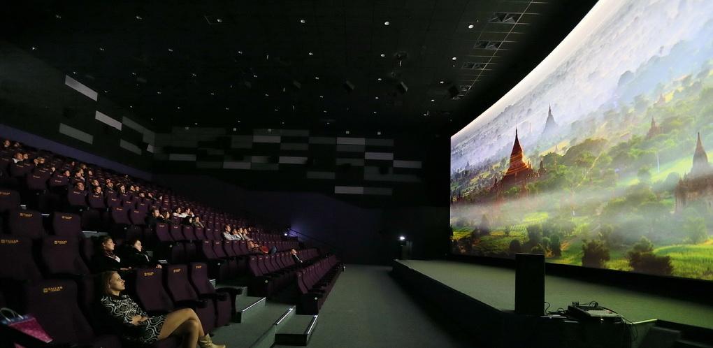 «Хотя бы одному кинотеатру в России»: «Пассаж Синема» уговаривает Disney прислать в Екатеринбург сверхчеткие «Звездные войны»