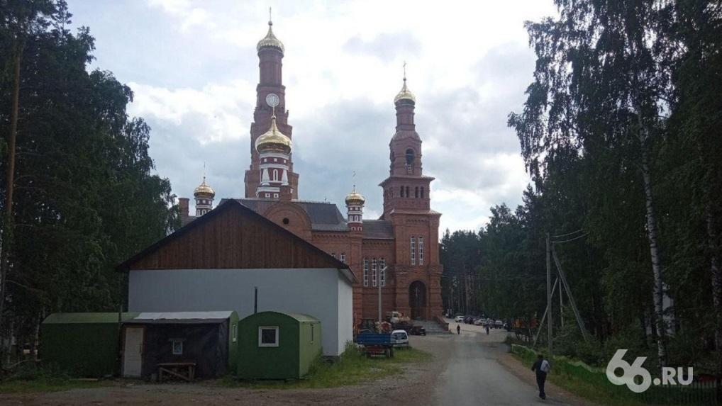 В СК опровергли заявление отца Сергия о возбуждении уголовного дела из-за смерти девочки в монастыре