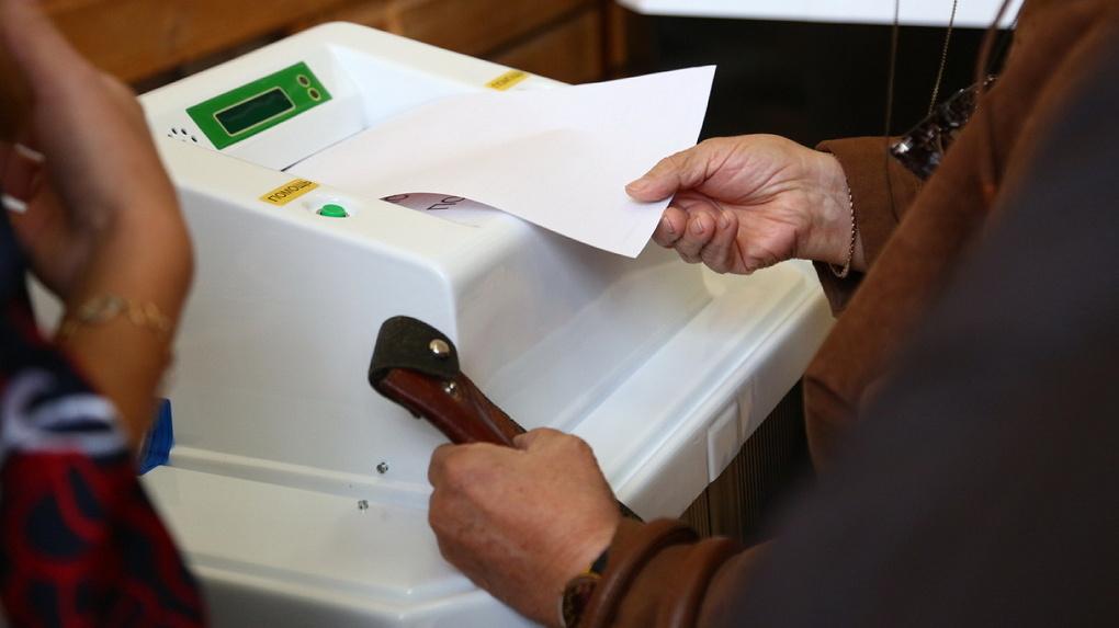 «Единая Россия» отменила результаты праймериз в двух округах из-за подкупа избирателей