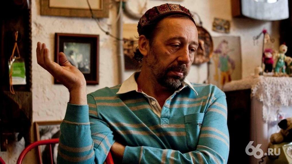 Николай Коляда объявил артистам, что покидает театр и уезжает из России