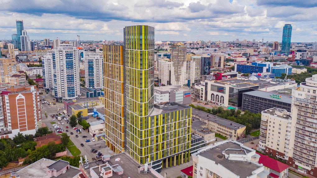 Дом в центре Екатеринбурга получил премию в конкурсе градостроительства и дизайна. Чем он покорил жюри