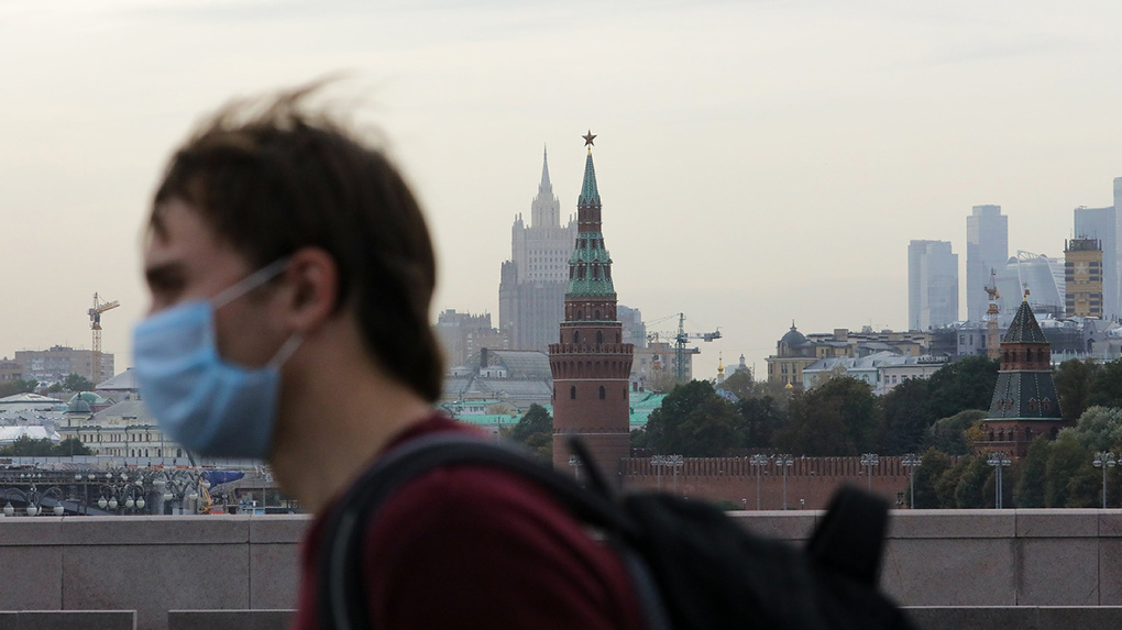 В Москве непривитых сотрудников переводят на удаленку