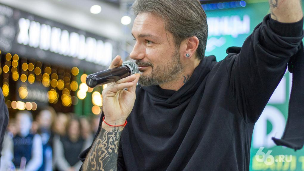 Хореограф шоу «Танцы» на ТНТ приехал в Екатеринбург судить большой танцевальный баттл. Фоторепортаж