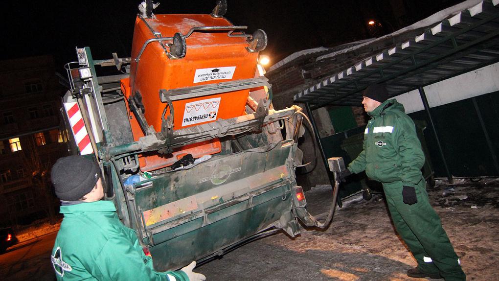 Зачем нас заставляют раскладывать отходы по семи контейнерам? Всё, что нужно знать о мусорной реформе