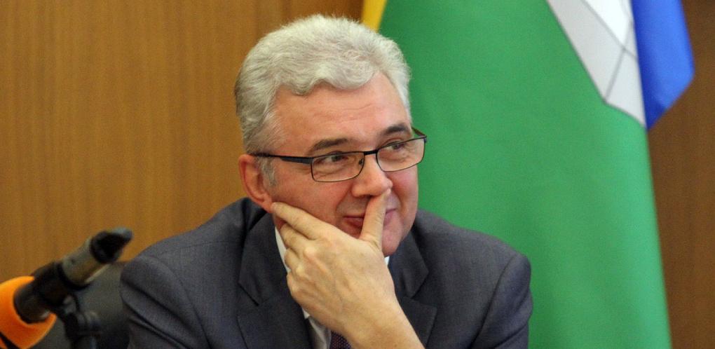 «Что за балаган?» Депутаты Гордумы снова решили отправить Александра Якоба в отставку