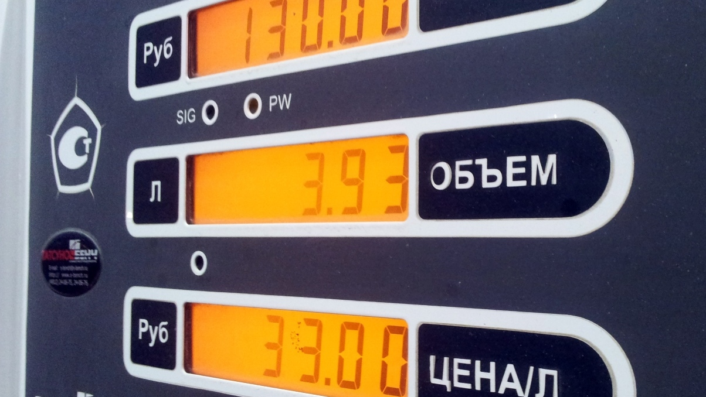 В бензобак не попадет паленый бензин. Правительство внедрит систему контроля за топливом