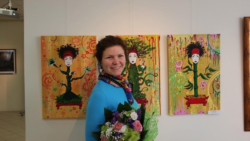 Преподаватель АРХа распродает свои картины, чтобы собрать деньги на лечение онкологии