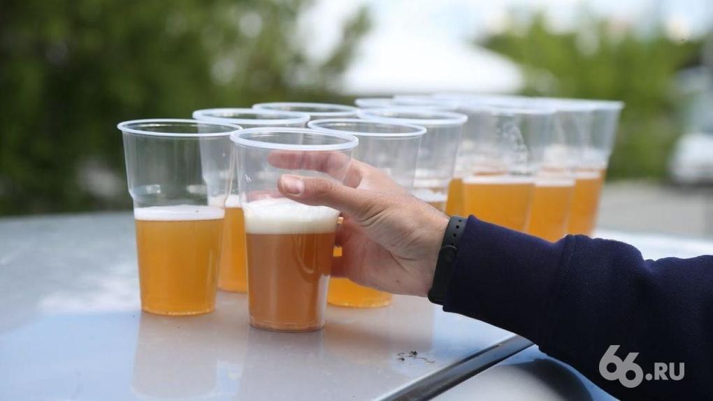 В России ужесточат правила торговли алкоголем в жилых домах: под угрозой пивные