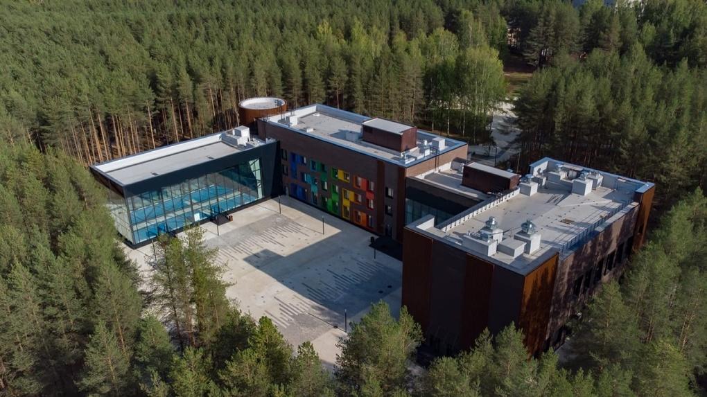 Как сделать из старого советского здания детский центр с планетарием и скалодромом. Опыт Ухты