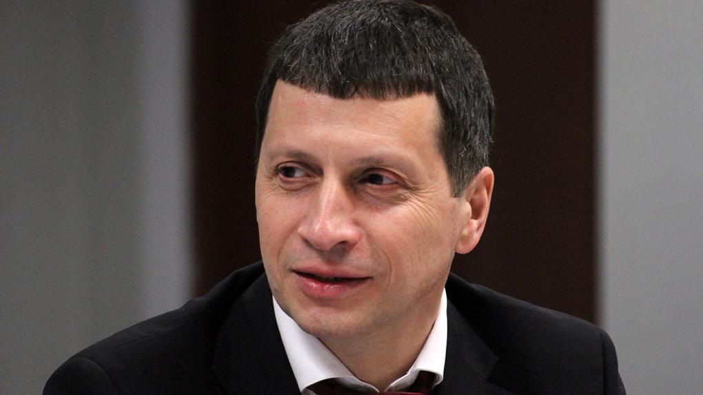 Вегнер vs Рапопорт. Депутат Заксобрания объявил войну министру спорта