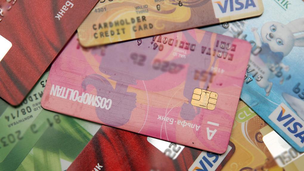 Мошенники стали реже подменять номера банков, но придумали новые способы обмана