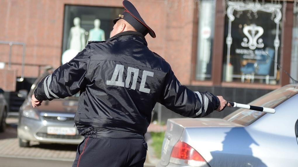 Полсотни сотрудников ГИБДД в Верхней Пышме ушли на карантин после контакта с заболевшим коллегой