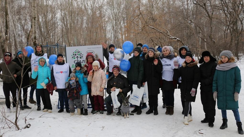 «Стальное дерево» помогло открыть воркаут площадку в парке 50-летия ВЛКСМ в Екатеринбурге