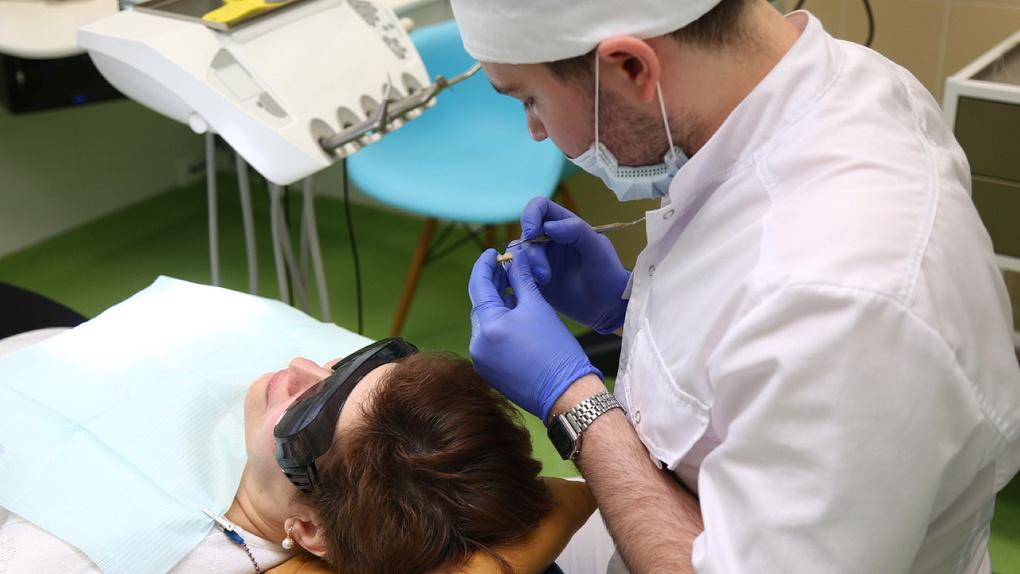 Болит голова — проверь зубы: девять наивных вопросов стоматологу