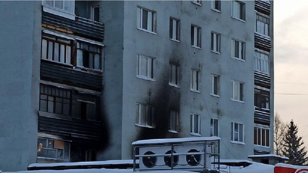 Загоревшийся дом на ЖБИ был весь в дыму, могла быть проблема с вентиляцией? Ответ управляющей компании