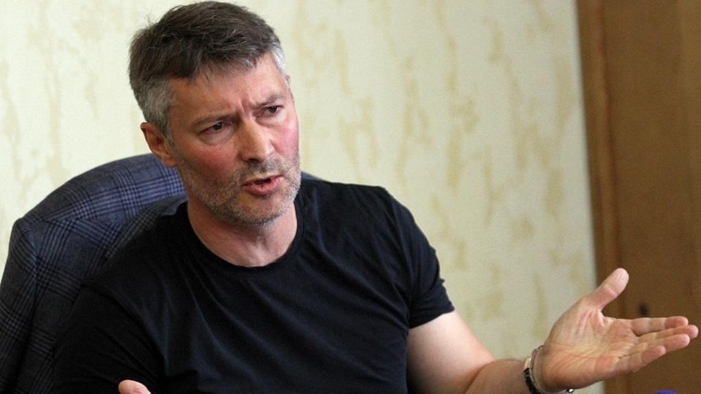 «Как он мог? Ведь православный человек»: Ройзмана восхваляют и проклинают за решение поддержать ЛГБТ
