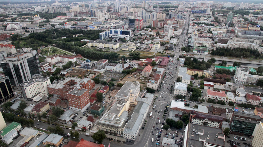 «Любим ездить в одни города, а строим другие»: социолог и урбанист — о том, что не так в Екатеринбурге