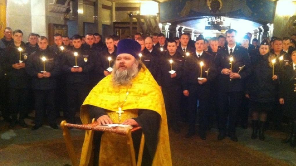 Триста полицейских помолились в Храме-на-Крови в годовщину 300-летия МВД