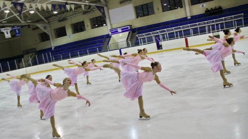 Екатеринбургские фигуристки взяли золото на чемпионате России по синхронному катанию