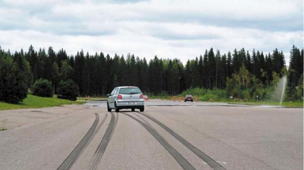 Что такое тормозной путь автомобиля, и от чего он зависит