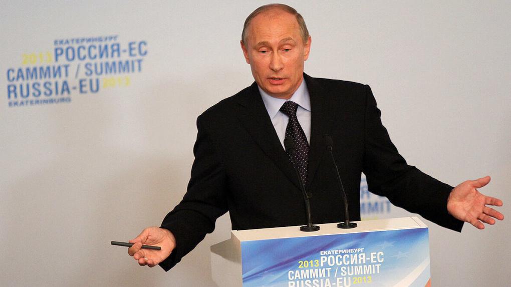 За 5 лет по итогам «прямых линий» Владимира Путина в Свердловской области не уволили ни одного чиновника