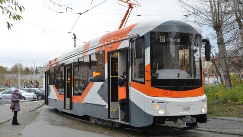 Низкопольные трамваи, которые испытывали на улицах Екатеринбурга, уезжают работать в подмосковную Коломну
