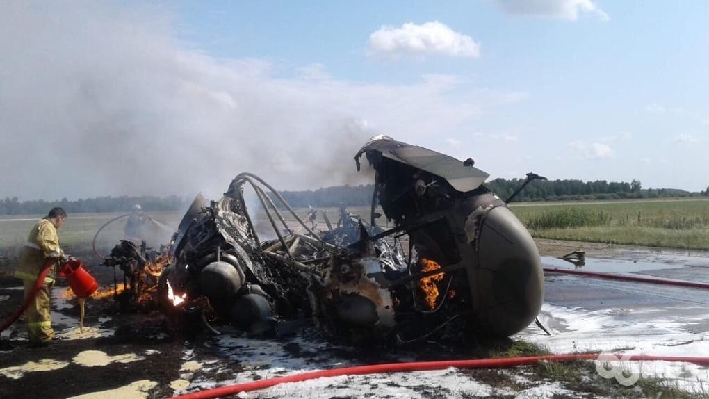 В Челябинской области после жесткой посадки дотла сгорел Ми-8 Минобороны. Две версии катастрофы