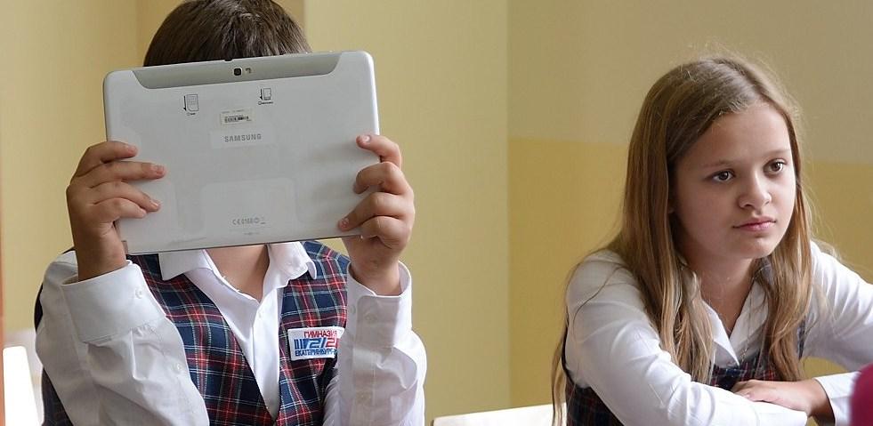 Страх и ненависть онлайн. Профессор МГУ — о виртуальных друзьях и травле в подростковых соцсетях