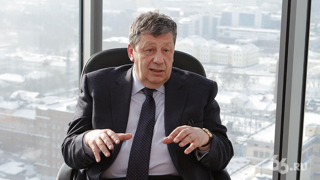 Аркадий Чернецкий: «Глупо отрицать, что в работе мэрии есть проблемы. Но город все равно развивается»