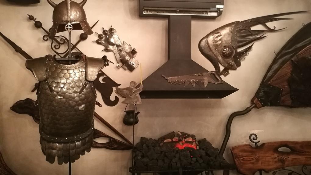 Безымянный буксир солянки и кованые скрепы. Яков Можаев в кафе «Кузня»